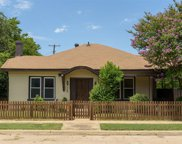 708 W Powell Avenue, Fort Worth image