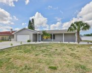 636 Kingston Court, Apollo Beach image
