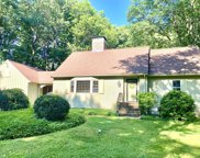 10 Orchard Ln, Lynnfield image