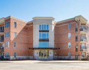 111 N Wheaton Avenue Unit #201, Wheaton image