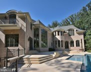 9410 Piscataway   Lane, Great Falls image