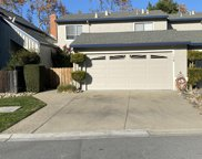 1045 Fillippelli Dr, Gilroy image