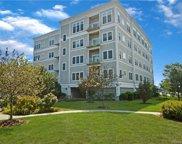 200 Harbour Close Unit 513, New Haven image
