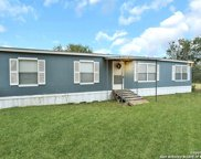 130 Country View Ln, Floresville image