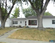 1904 W 26th St, Sioux Falls image