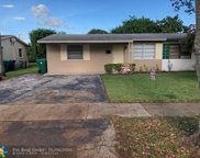 5004 SW 92nd Ter, Cooper City image