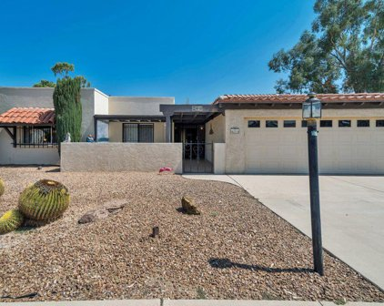 910 N Abrego, Green Valley