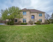 7820 W Rolling Field Dr, Mequon image