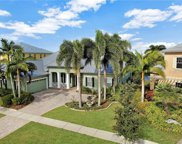 819 Islebay Drive, Apollo Beach image