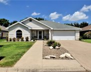 1711 Crown Pointe  Boulevard, Mission image