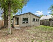 827 Nw Cedar  Avenue, Redmond image