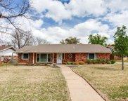 909 Lake Charles Avenue, Fort Worth image