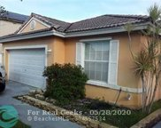 1060 NW 191st Ave, Pembroke Pines image