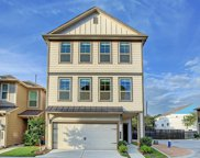 8604 Hollyoaks Creek Lane, Houston image