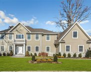 3 Jodi  Court, Glen Cove image