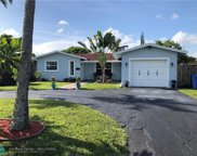 840 NW 35th St, Oakland Park image