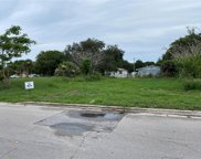 1403 Avenue J, Fort Pierce image