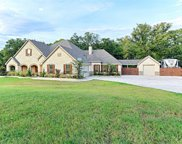 670 Amanda Lee Road, Combine image