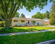 6219 Lakeview Blvd, Middleton image