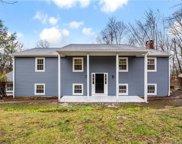 33 White Pine  Drive, Brookfield image