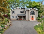 2093 Thompson, Lower Milford Township image