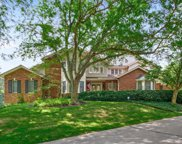 730 Fairfield Lake  Drive, Town and Country image