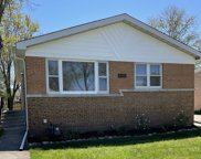 4645 Larch Avenue, Glenview image