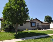 2801 N Lyme Grass Ave, Sioux Falls image