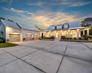 5655 Willoughby Drive, Melbourne image