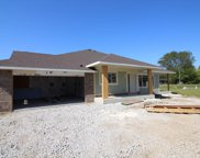 1406 Country Club Dr, Mount Pleasant image