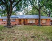 712 Town Creek Drive, Dallas image