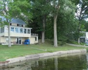 1640 Colonel Point Drive, Crystal image