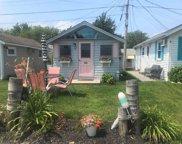 17 Smith Avenue, Hampton image