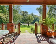 24 Lakeshore  Drive, Eastchester image