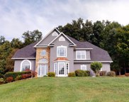 1127 Hickory View Dr, Morristown image