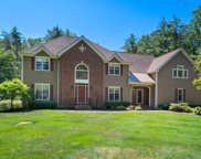 16 Beacon Hill Dr, Saratoga Springs image
