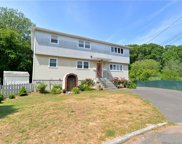 10 Pagano  Court, West Haven image