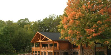 2627 North Shore Drive NW, Cass Lake