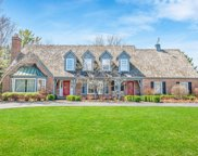 207 W Miller Dr, Mequon image