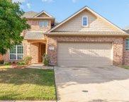 4325 Thorp Lane, Fort Worth image