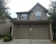 42 Valley Oaks Circle, The Woodlands image