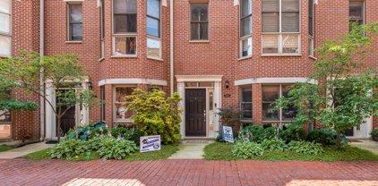 1725 W Belmont Avenue Unit #E, Chicago