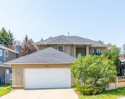 325 Country Hills Court Nw, Calgary image