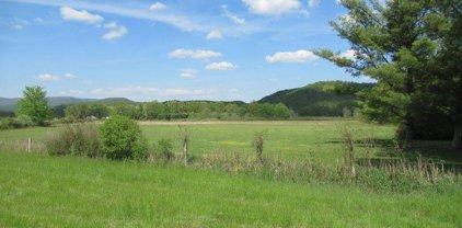 15415 Midland Trail, Crawley