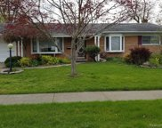 51241 KINGWOOD DR, Shelby Twp image