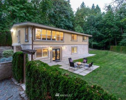 1805 132nd Place SE, Bellevue