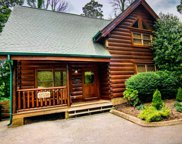 1124 Towering Oaks Drive, Sevierville image