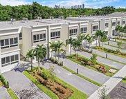 2475 Ne 135th St, North Miami image