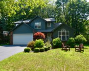 16 Kings Ct, Clifton Park image