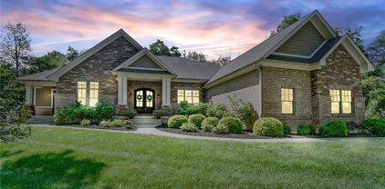 7104 Copperwood Court, Clearcreek Twp